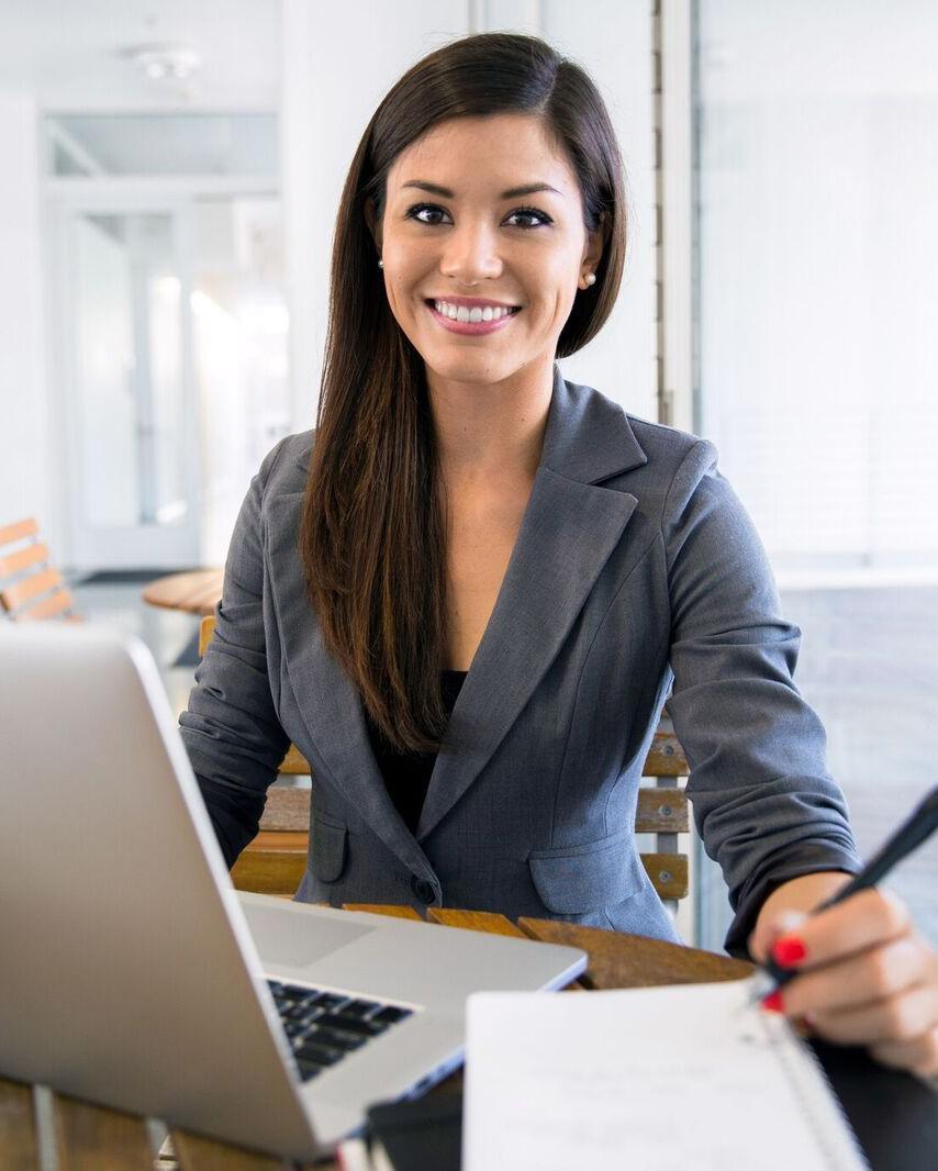 Secrétaire: indépendante, assistante externalisée, freelance
